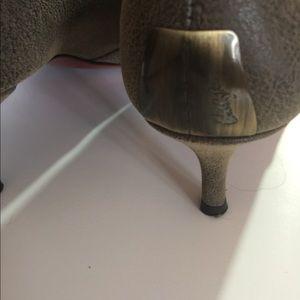 Donald J. Pliner Shoes - Donald J Pliner Couture Brnz Boots Sz 8.5 M